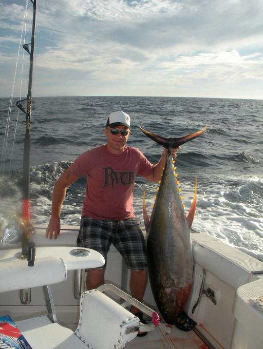 Puerto vallarta fishing report janurary 2011 with pv for Deep sea fishing puerto vallarta